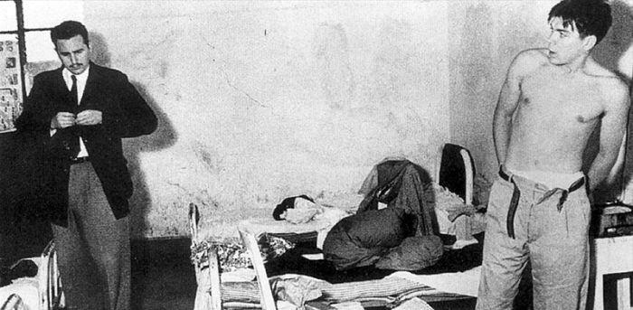 1950_fidel_castro_es_che_guevara_egy_szobaban_mexikovarosban.jpg