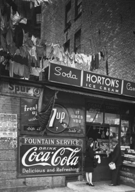 1946_2.jpg