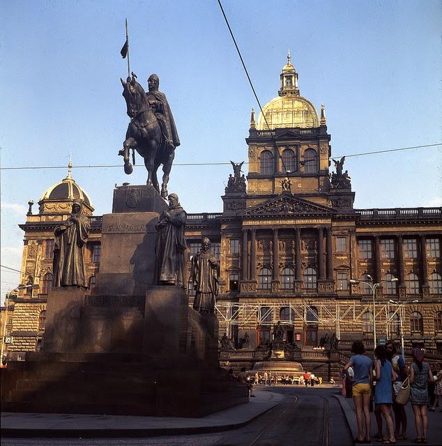 Prague 1975 (9).jpg