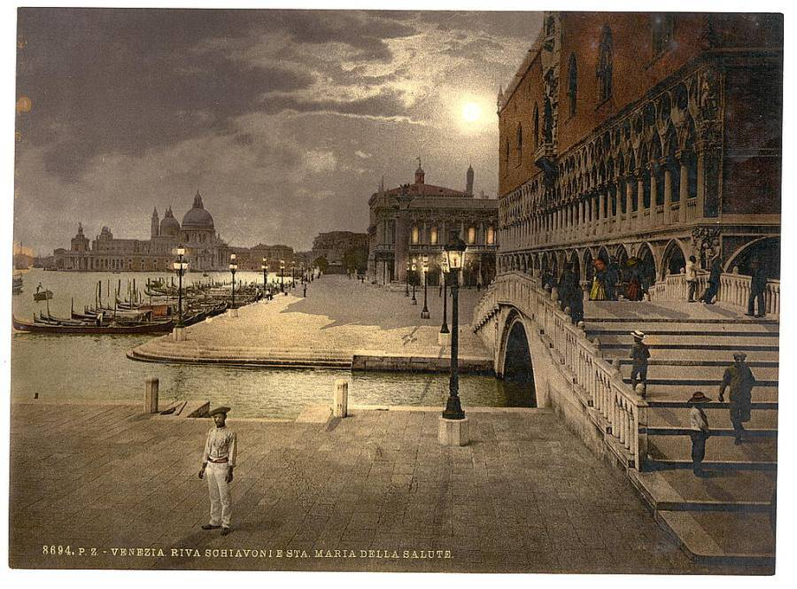 Doges' Palace and St. Mark's by moonlight.jpg