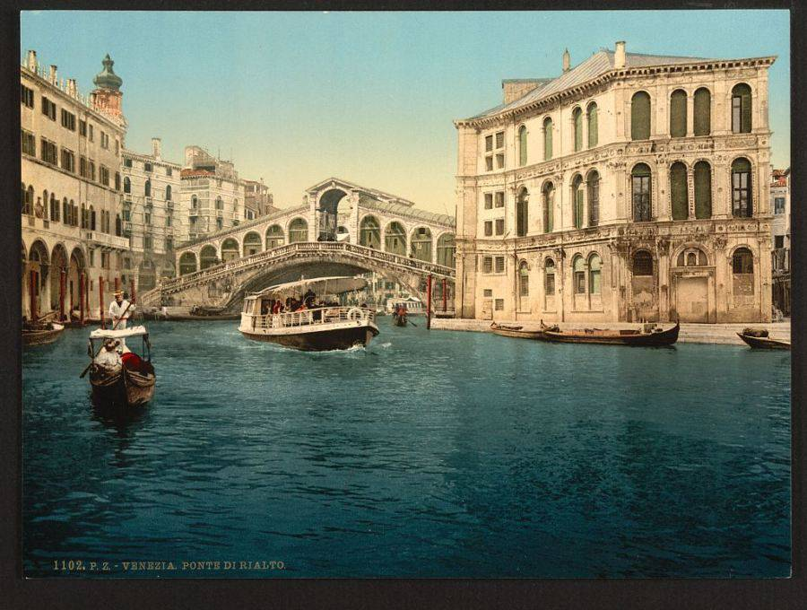 The Grand Canal with the Rialto Bridge.jpg