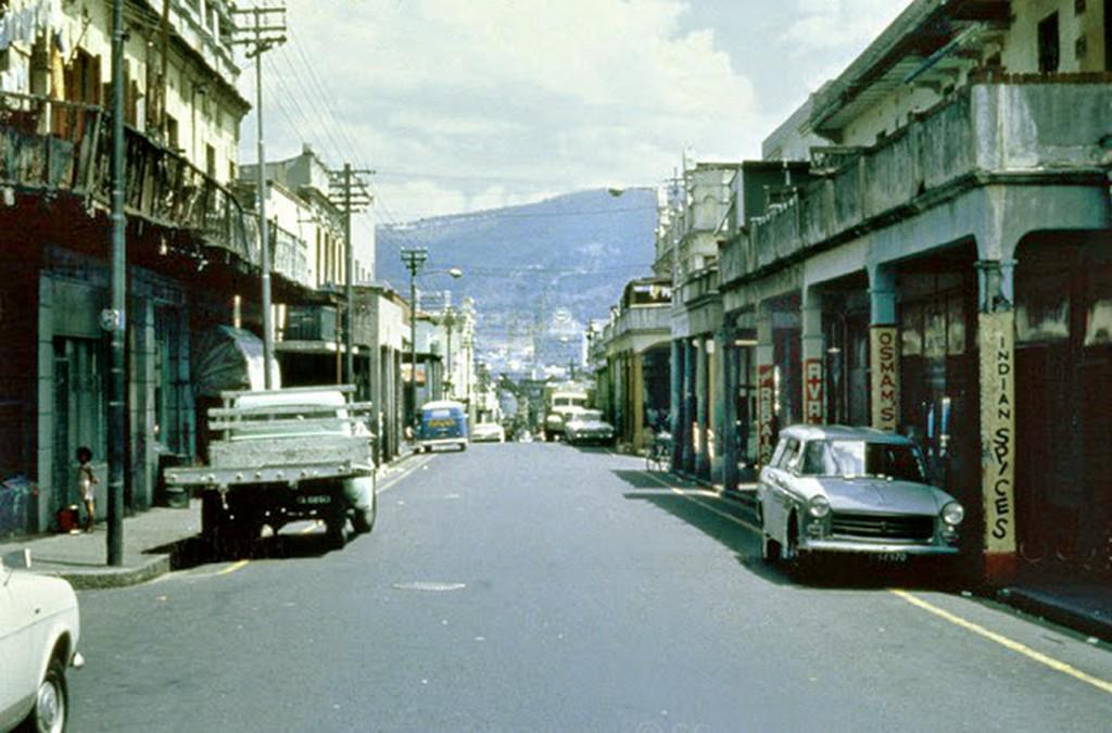 1969_hanover_street_2c_district_six.jpg