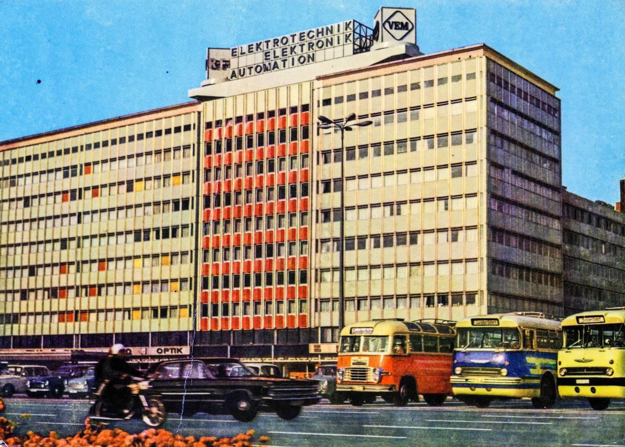 xx_berlin-1971-1280x917.jpg