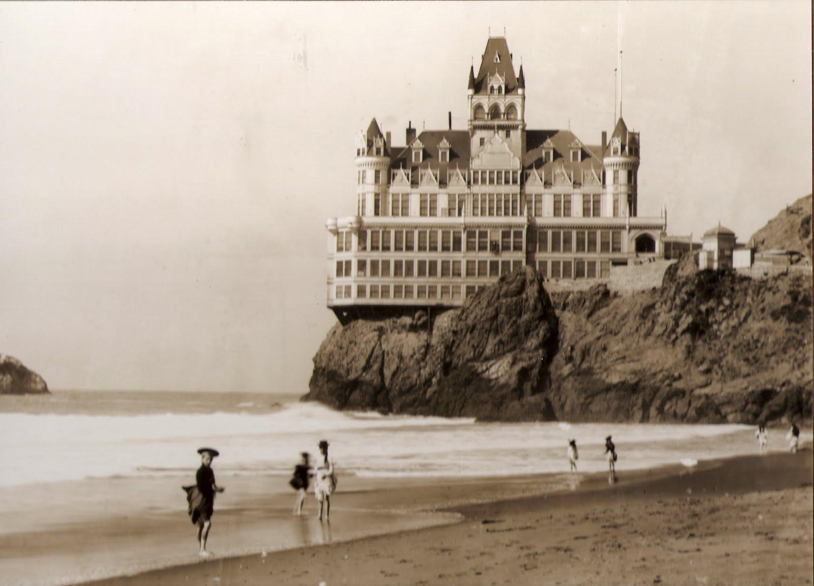 1909. A san francisco-i Cliff House hotel. A maga korában lenyűgöző látvány lehetett..jpg