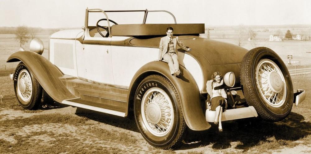 1931. Reklámfilmhez készült óriási Studebaker gépkocsi..jpg