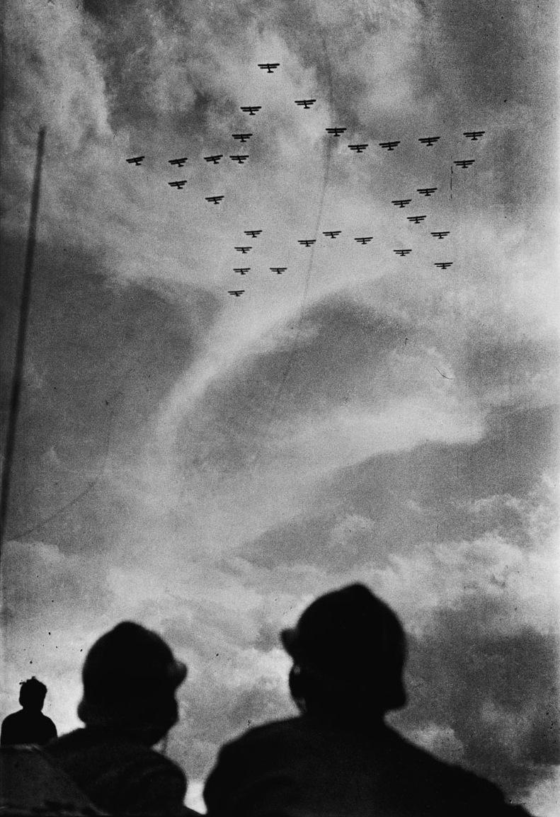 1933. Légibemutató Moszkva felett..jpg
