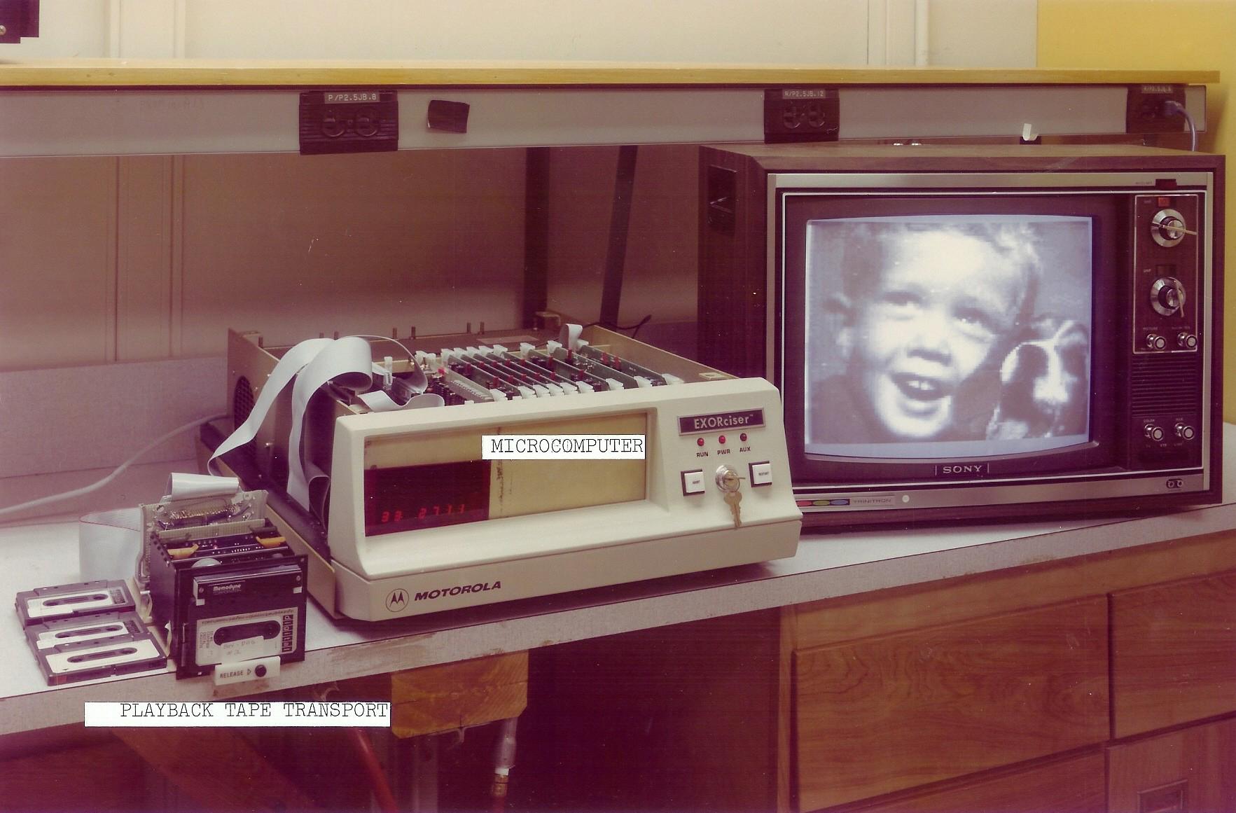 1975. Az első Kodak digitális kamera 1..jpg
