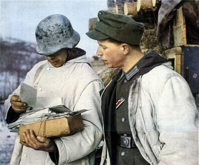 World War II Photos in Color (22).jpg