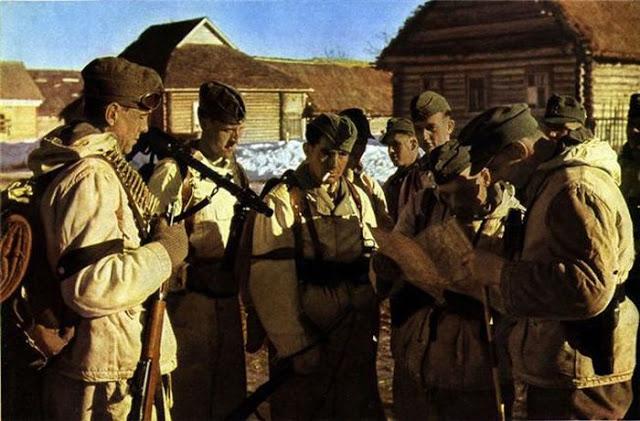 World War II Photos in Color (32).jpg