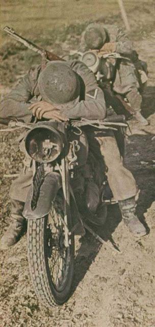 World War II Photos in Color (34).jpg