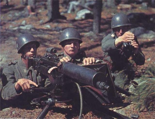 World War II Photos in Color (39).jpg