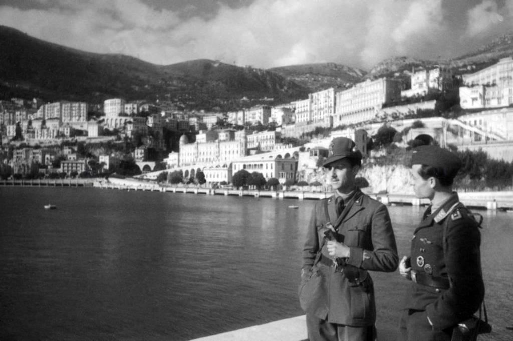 monaco-politics-italian-and-german-occupation-1942-bhkf6f_cr.jpg