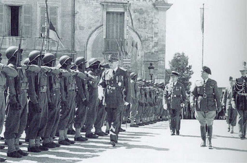 monaco_hsh_prince_louis_ii_reviewing_french-african_troops_as_part_of_the_celebration_of_the_liberation_of_monaco.JPG