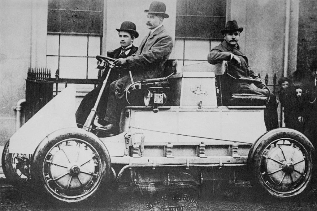 1899-lohner-porsche.jpg