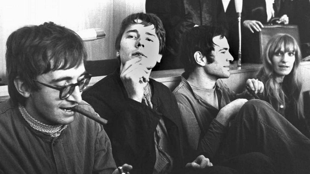 1968_franfurt_gyujtogatoi_a_targyalason_gudrun_ensslin_es_andreas_baader_jobbra.jpg