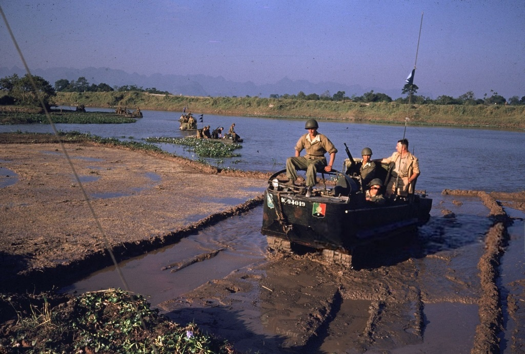 1956_crabs_of_the_french_foreign_legion_on_duty_in_the_former_indochina.jpg
