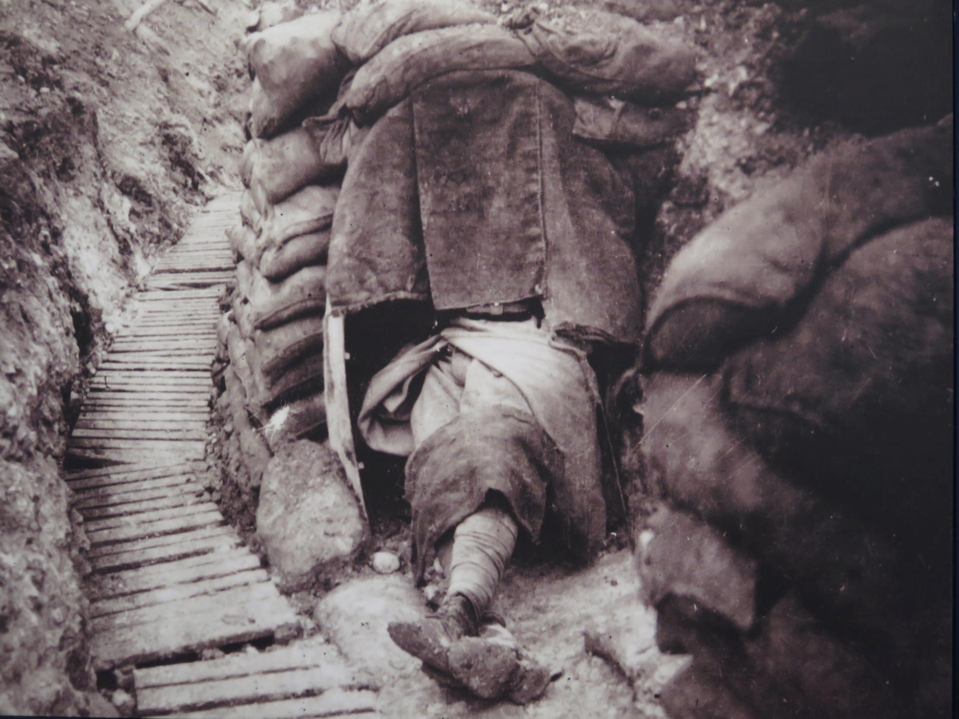 1916b.jpg