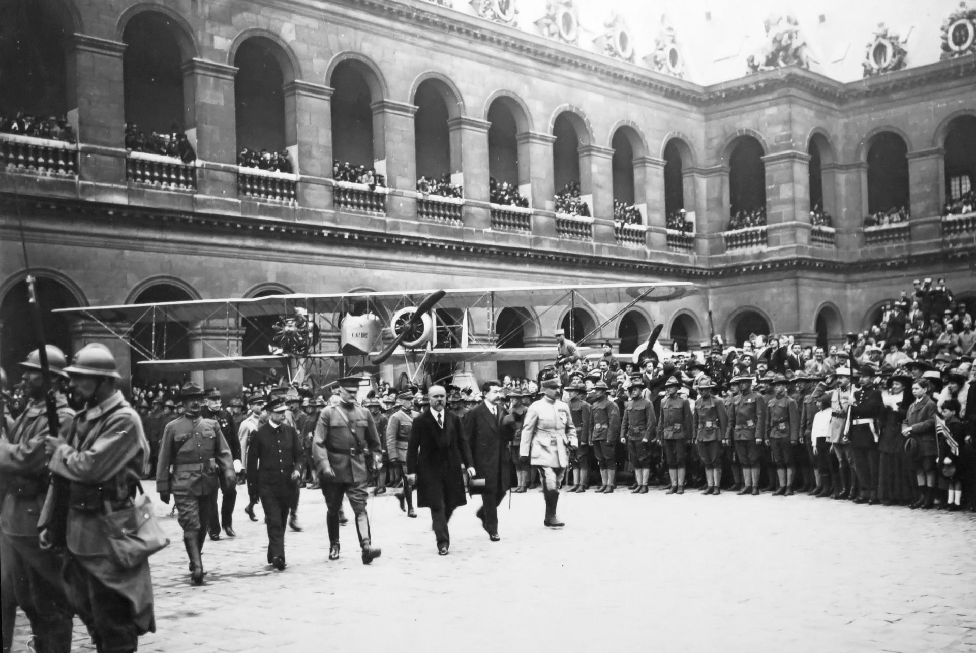 1918z.jpg