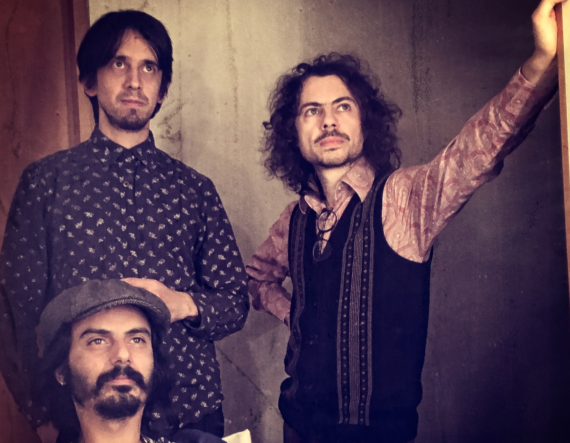 A complex musical conception of innovative art – We were listening to Trio Tekke's Strolivos