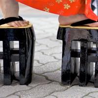 Meghökkentő lábbelik a történelem cipősszekrényéből