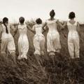 Miért nem hordtak a nők évezredekig bugyit?