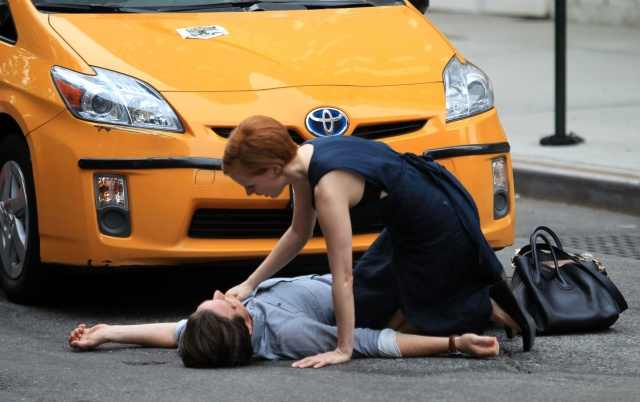 jessica_chastain_the_disappearance_of_eleanor_rigby_set_in_new_york_3aug2012_1_ZPLrQoF.sized.jpg