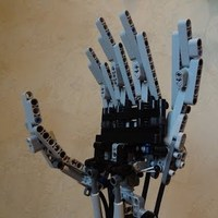 LEGO robotkéz