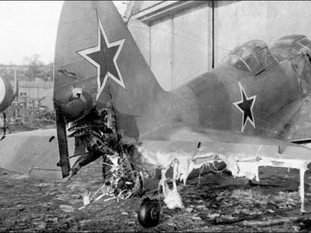Amikor a szovjet mérnökök rakétát raktak egy repülőgépbe