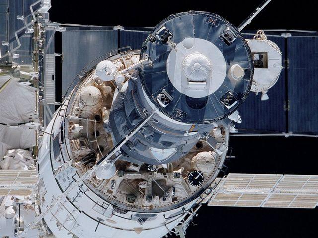 Orosz elemzés szerint a kozmonauták már a munkaidejük negyedét az ISS karbantartására kellett fordítaniuk.