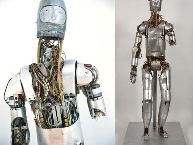Ismerje meg a NASA talán legbizarrabb androidját..