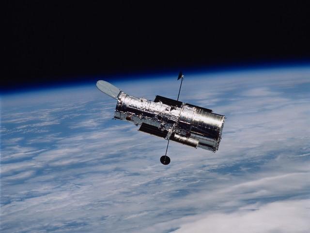 Egyre több a probléma a Hubble űrtávcsővel.