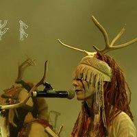 Az északi hagyományok tiszteletének színháza - Lenyűgöző Heilung koncert a közelmúltból