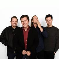 Jimmy Eat World: új dalszöveges videók, októberben új album!