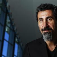 November végén érkezik Serj Tankian filmzene-albuma