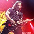Iron Maident játszott akusztikusan Myles Kennedy