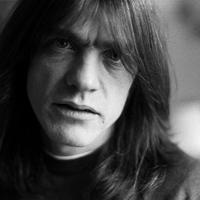 AC/DC: Állítólag idősek otthonába került Malcolm Young gitáros