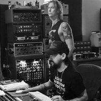 Májusban érkezik Duff McKagan legfrissebb dalcsokra