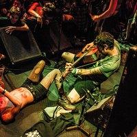 Olcsó ital, trombita és anarchia - Július végén Budapesten a Days N Daze
