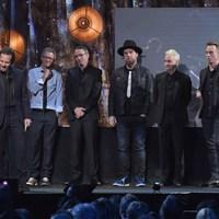 Tizenegy millió dollárt gyűjtött a hajléktalanság elleni harcra a Pearl Jam