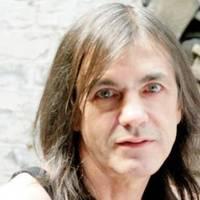 Súlyos betegsége miatt nem tud Malcolm Young zenélni az AC/DC-ben