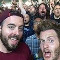 Dave Grohl a tömegben tombolt egy Metallica koncerten