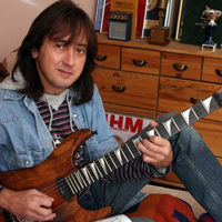 Meghalt Ambrus Zoltán, az Irigy Hónaljmirigy korábbi gitárosa