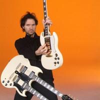 Gitározz együtt Paul Gilberttel, a Mr.Big ex-gitárosával