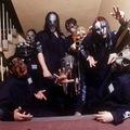 Megnéznél egy 2000-es, kézi kamerás Slipknot-bulit?