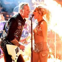 Emlékeztek még a Grammys Metallica / Lady Gaga koprodukcióra? Így próbáltak rá!