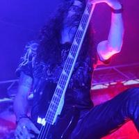 Szakított basszusgitárosával a Testament