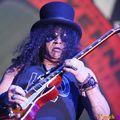 Guns N' Roses-dallal megy stúdióba Slash?