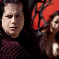 Glenn Danzig Elvis Presley-t fog énekelni