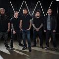 Friss dalt mutatott az ex-Korn dobos zenekara