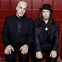 Steh Auf - Itt a Lindemann új dala
